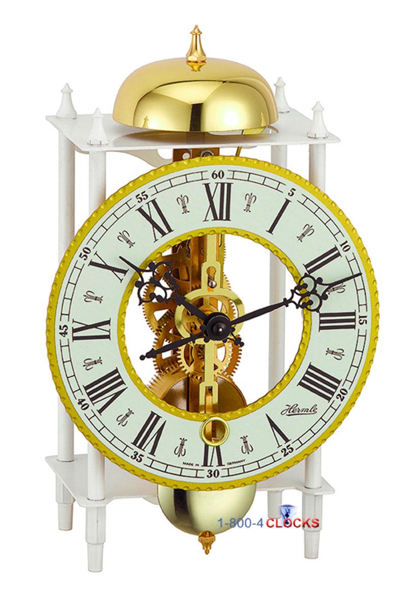 Настенные часы c открытым маятником Sinix
